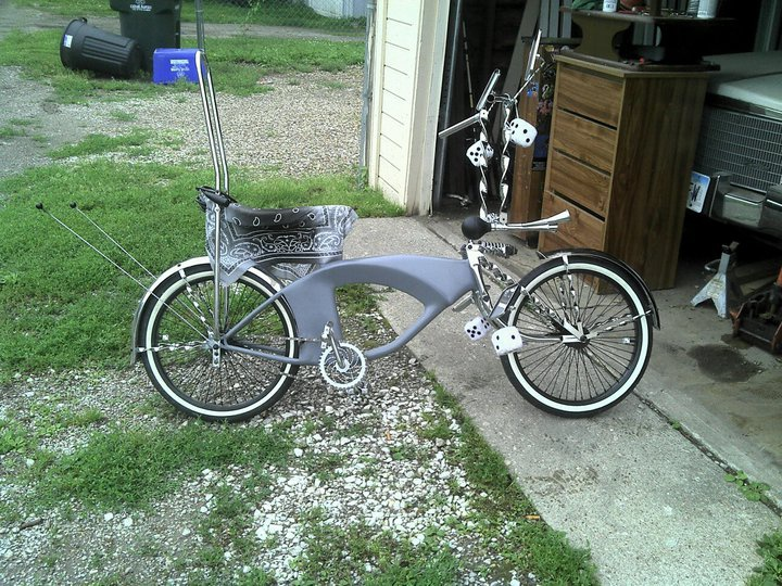 TWISTED BIRDCAGE FRONT BULLET LIGHT BRACKET CRUISER LOWRIDER CHOPPER BICYCLES